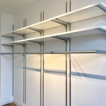 可動式の棚は、2人暮らしでもいけます※写真は前回募集時のものです