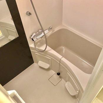 1人暮らしに十分な浴槽※写真は前回募集時のものです