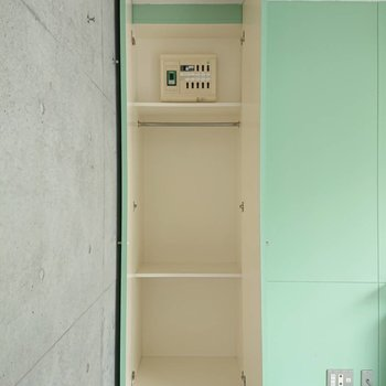 収納はもう1箇所あります※写真は3階の同間取り別部屋のものです