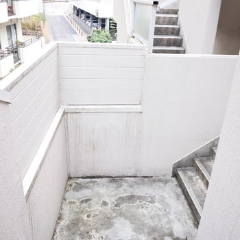 階段が迷路のようでわくわくする!
