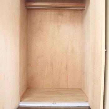 【DK】大きな収納が備わっています※写真は3階の同間取り別部屋のものです