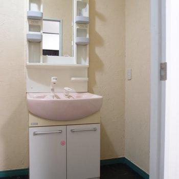 独立洗面台※写真は前回募集時のものです