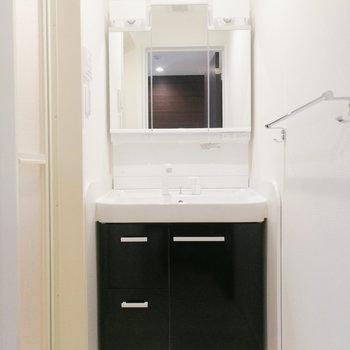 【1階】ここに洗面所とお風呂場があるんです。