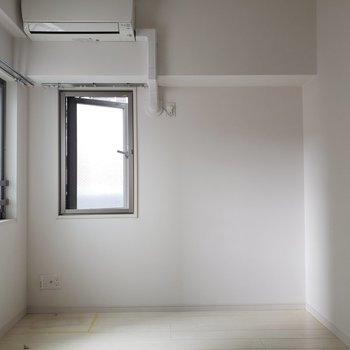 ここにもエアコン完備!素晴らしい!(※写真は5階の同間取り別部屋のものです)