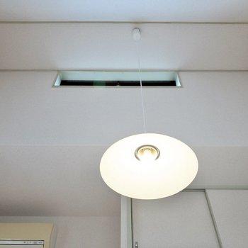 天井が高いため、圧迫感はあまり感じません。