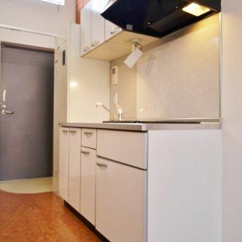 キッチンは普通サイズ!※写真は同タイプの別室