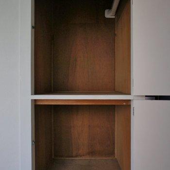 【DK】こちらにも収納あります※写真は5階の同間取り別部屋のものです