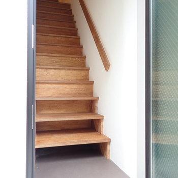 階段の一部がシューズボックスになっていました。※写真は前回募集時のものです
