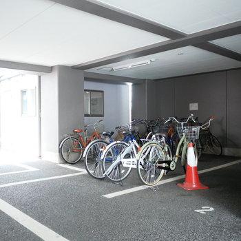 駐輪場も完備です