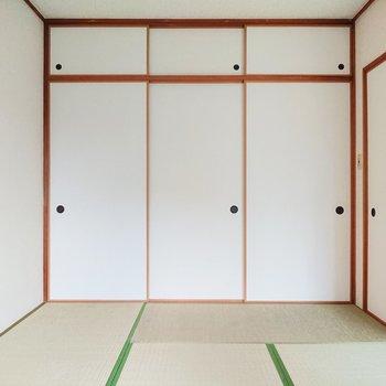 【和室】襖の佇まいに郷愁を感じてしまうのは、私たちの性なのでしょうか。