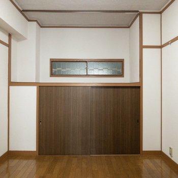 【洋室】寝室として使いましょう。※写真はクリーニング前のものです