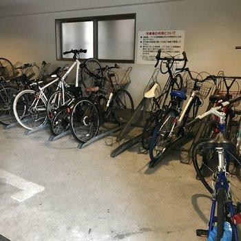 自転車は屋内に置けます◎