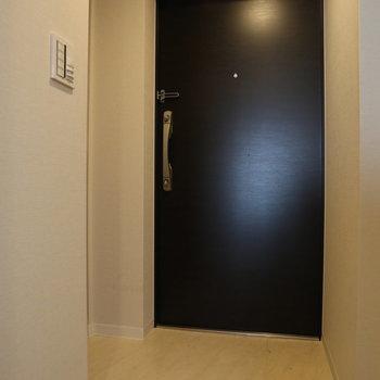 玄関も広さに余裕がありますね。