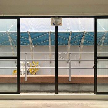 窓は大きめ、開放感◎※写真は通電前のものです
