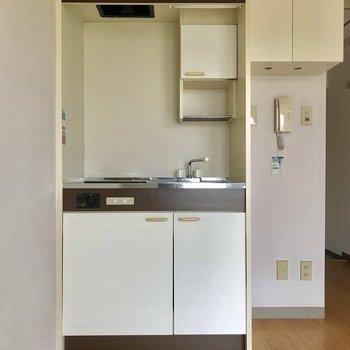キッチン、詳しく見てみましょう  ※写真は3階の同間取り別部屋のものです
