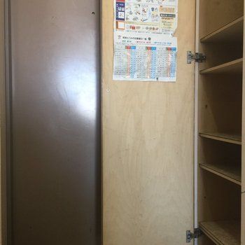 靴収納はこちら※写真は4階似た間取り別部屋のものです