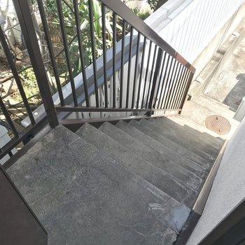 【上階】玄関がふたつ・・!