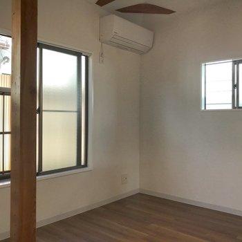 【上階】小窓にきゅん