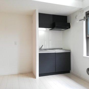 横に冷蔵庫かな※写真はクリーニング前のものです。