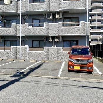 駐車場もありますよ。(空き要確認)