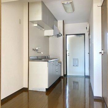 4.5帖のゆったりキッチン。※写真は3階の同間取り別部屋のものです
