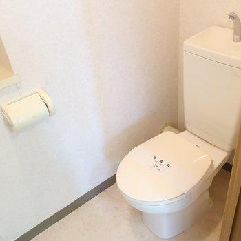 トイレはシンプルさん