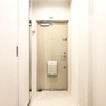こちらが玄関です。