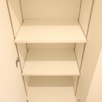 シューズBOXもしっかり容量(※写真は2階同間取り別部屋のものです)