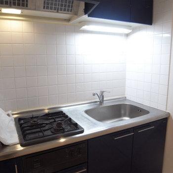 キッチンデザインは使い勝手重視※写真は4階の似た間取り別部屋のものです