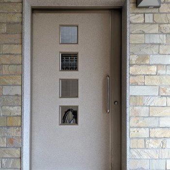 駐輪場はこの中。住人さんしか入れないので防犯面も安心◎