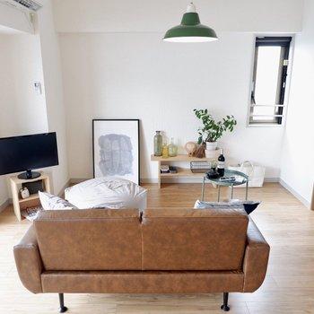 【LDK】ソファは二人がけのものがちょうどよさそう※写真の家具はサンプルです