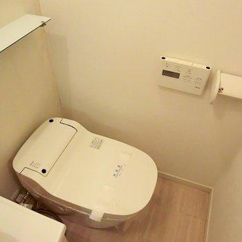 最新型ね☆※写真は同階反転間取り別部屋のものです