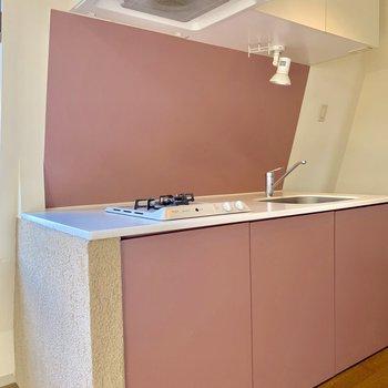 【LDK】ピンクな色味のキッチン