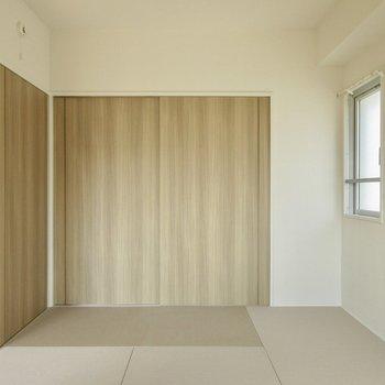お手入れがしやすい和紙畳ですよ。