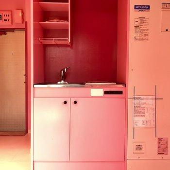 さてさて、キッチンスペース見てみましょう!