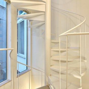 階段を上がって3階へ。※写真は前回募集時のものです