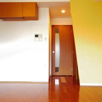 デザイナーズばりのデザイン※写真は10階の同間取り別部屋のものです
