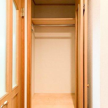 【工事前1F】サニタリールームの隣は可動棚へ変更します