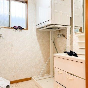 【工事前1F】洗面台はTOMOSオリジナルへ交換!