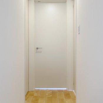 3階には3つの扉が