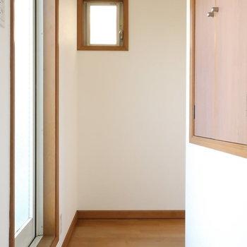 【3階】階段を上がると…