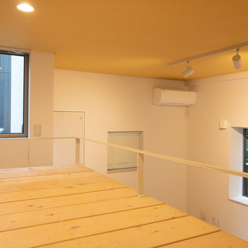 天井も高く、開放的です。