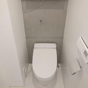 左側の手洗い場があります。