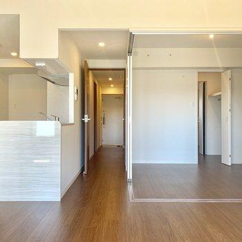 ぴかぴか清潔なマンションです。※写真は3階同間取り別部屋のものです