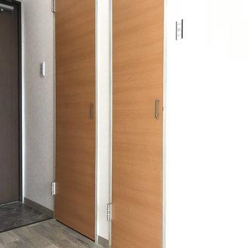 ふたつの扉、開けてみましょう!