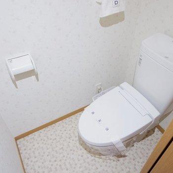 可愛らしいトイレです。※家具はサンプルです