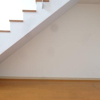 階段下もしっかり有効活用しましょ。※写真は7階の同間取り別部屋のものです