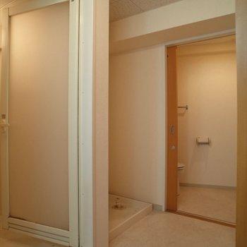 水回りはこちらです♪※写真は8階の同間取り別部屋のものです