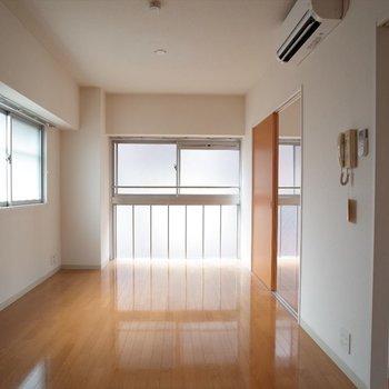 暖かな光がたっぷり!※写真は8階の同間取り別部屋のものです