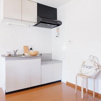 キッチン、広く使えます!※家具はサンプルです